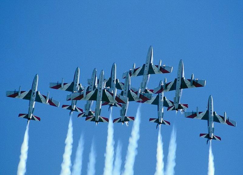 皇家空军第一支喷气式飞机大队成立于1947年