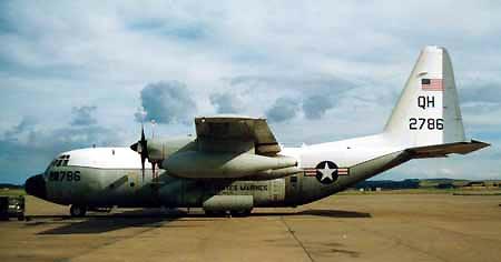 KC130空中加油机
