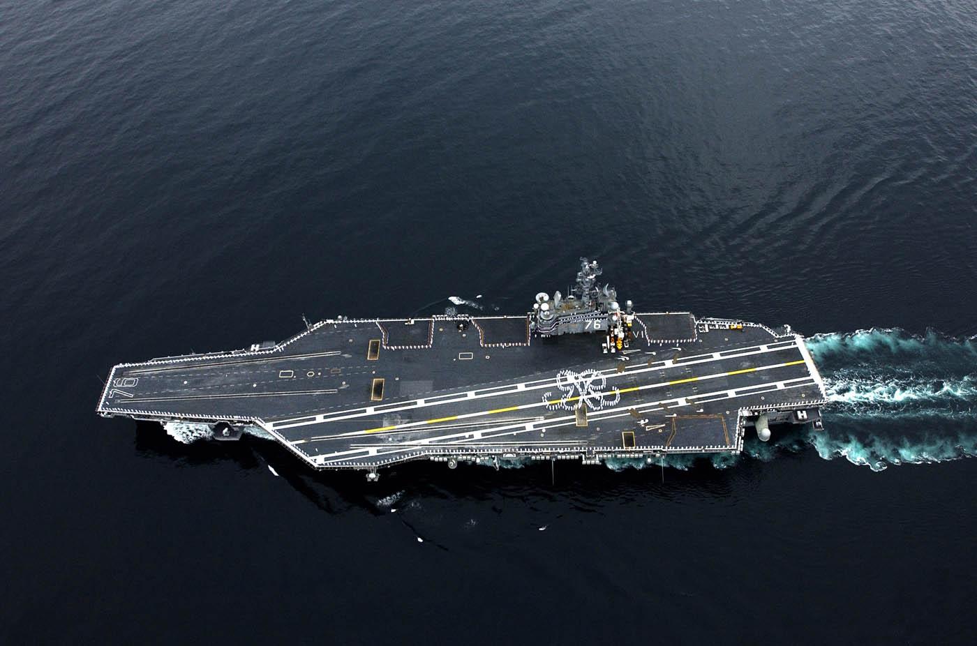美国最强航母罗纳德 里根号